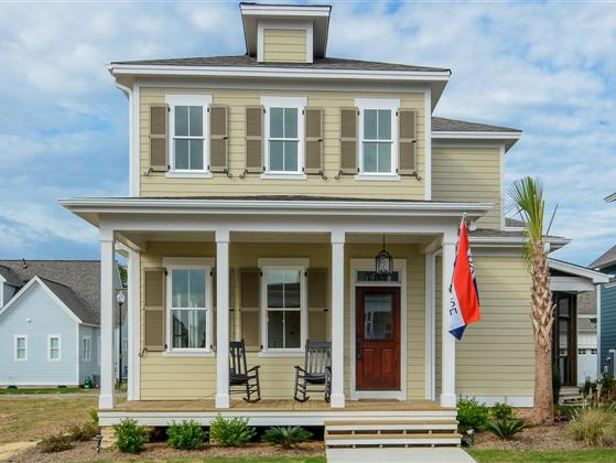 Gorgeous new construction in flowers plantation for Charleston style homes